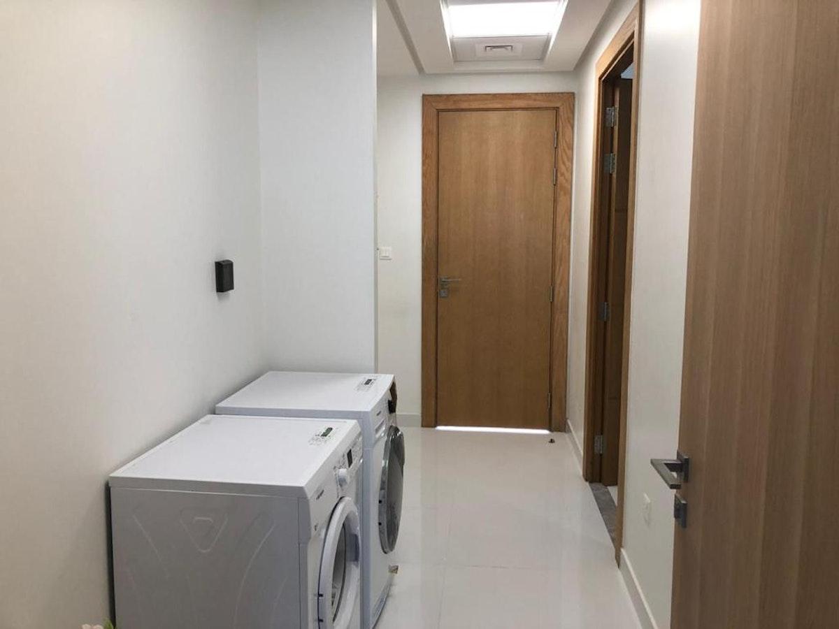 EXCLUSIVE VASTU COMPLIANT 3 BEDS I SPACIOUS LAYOUT