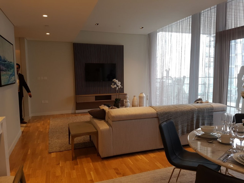 RESELL SPACIOUS 1 BDR WITH SEAVIEW IN BLUEWATERS