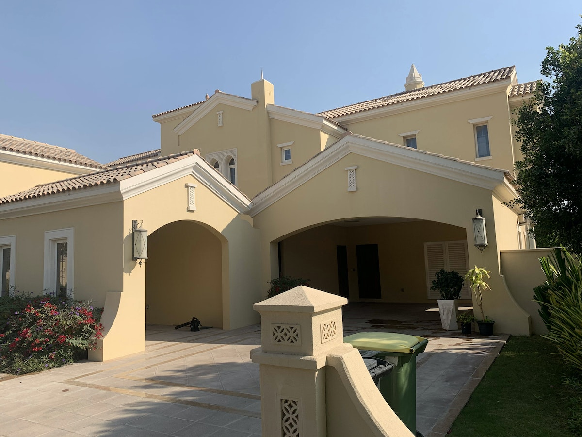 EXQUISITE LOCATION# 6 BED POLO HOMES