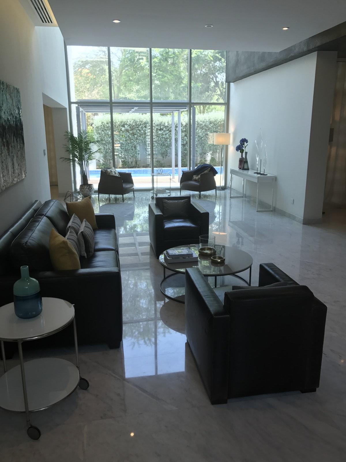 RESALE # 4 bedroom Contemporary Villa# New Phase 3