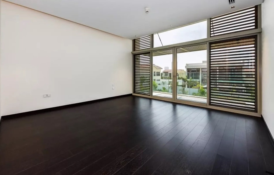 Exclusive Listing| 4 Bed Contemporary Style