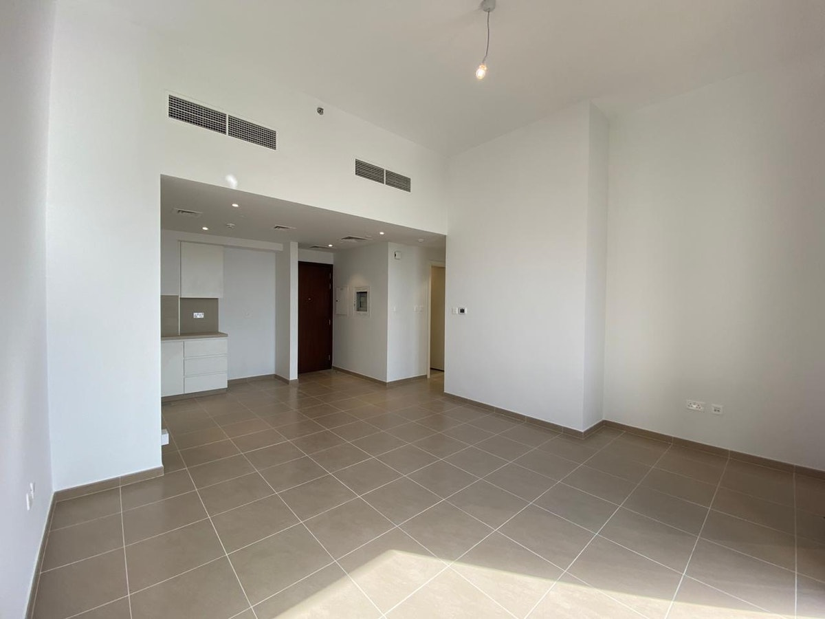 NO DLD | NO COMMISSION | PAY 10% and Move In |