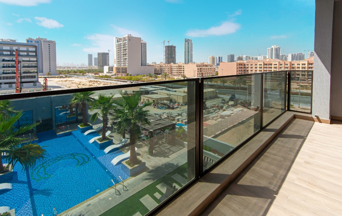 Premium 1BR / Pool view / Chiller free / Ready