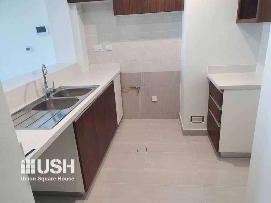 SPACIOUS 2 BDR TYPE 1A IN PARK GATE RESIDENCES