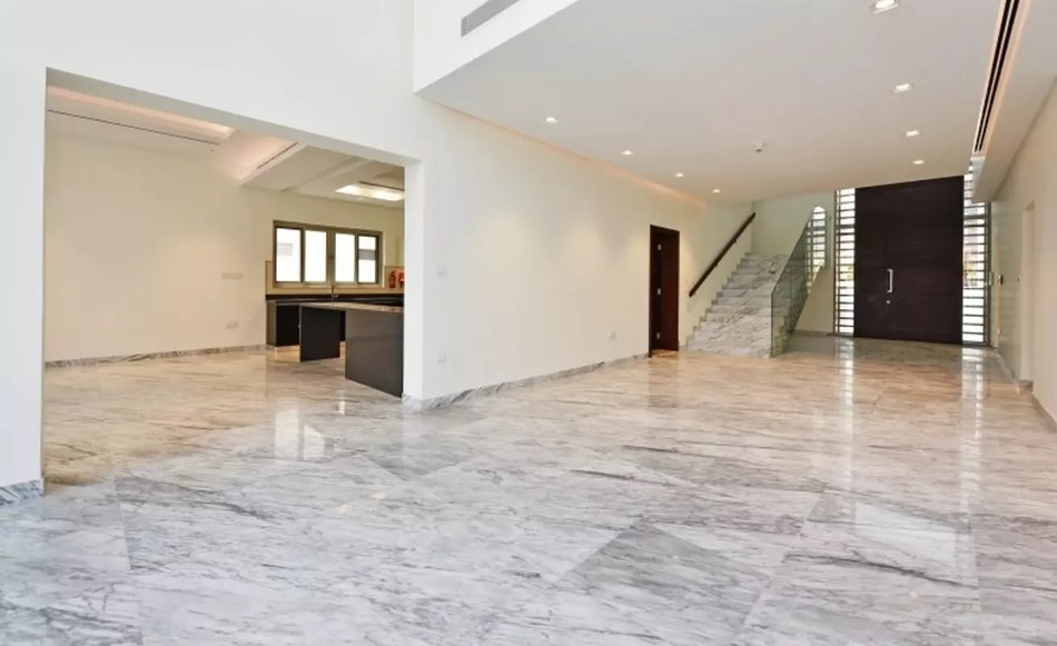 Exclusive Listing |  4 Bed Contemporary Vacant