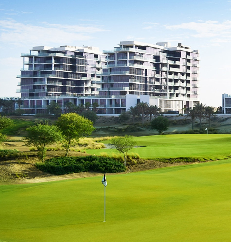 Full Golf Course/Fully Furnished/Ready Apartment