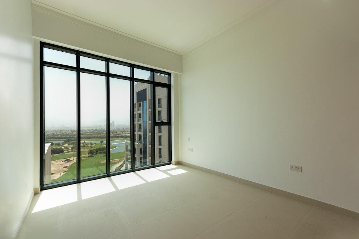 Penthouse | Golf Course View | Marina Skyline