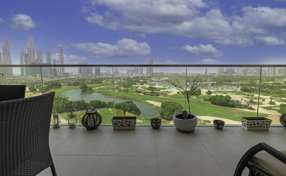 Exclusive 3BR + Maids |Golf Course & Lake View